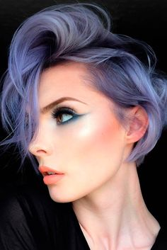 Purple hair color is among the most captivating hues in the universe. This is a color that is inextricably linked to royal things owing to its majestic look and the ability to attract attention at fir Short Layered Haircuts, Short Hair Cuts, Short Hair Styles, Layered Cuts, Lavender Hair, Lilac Hair, Gray Purple Hair, Pastel Purple, Pastel Hair