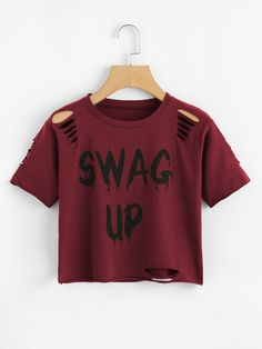 Slogan Print Ripped Crop Tee – IAMLAYLATAIGE Description Occasion: Weekend Casual Letter Color: White, Black, Green, and Burgundy Neckline: Round Neck Fabric: Fabric has some stretch Fit Type: Regular Fit Length: Crop Season: Summer Crop Tops For Kids, Teen Crop Tops, Cute Crop Tops, Shirts For Teens, Teen Shirts, T Shirt Crop Top, T Shirt Diy, Girls Fashion Clothes, Teen Fashion Outfits