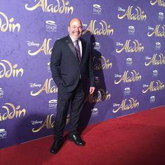 Regisseur und Choreograph von #Aladdin Casey Nicholaw auf der Premiere von Disneys #AladdinHamburg