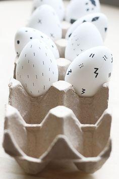 Black and White Scandinavian-Inspired Easter Eggs ♥️