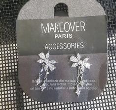 Bowtie flowery earrings. Makeover Paris, produse, cosmetice, bijuterii. #jewelry #jewels #fashion #gems #accessories #beautiful #stylish Gems, Display, Jewels, Tote Bag, Stylish, Earrings, Accessories, Beautiful, Fashion