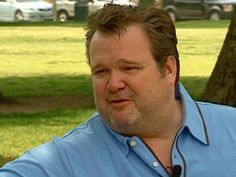 """""""Modern Family"""" star Eric Stonestreet celebrates the Royals berth to the World Series from the set of the show."""