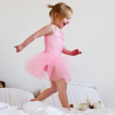 30 Ways For Kids to Use Up Energy Without Leaving the House