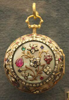 Antique Pocket Watch - Ashmolean Museum   Flickr - Photo Sharing!