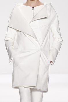 "haniagr: "" mihmic: "" couturebrat: "" HF & BEYOND "" X "" b&w / fashion / haute couture """
