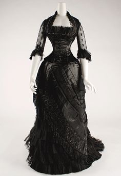 Historical Accuracy Reincarnated - vintagegal:   Evening dress 1881–1884