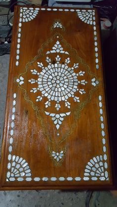 Woodworking Projects Diy, Wood Carving, Mandala, Marble, Chess Sets, Pearls, Rugs, Axe, Shell