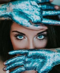 Glitter Photography, Paint Photography, Creative Portrait Photography, Artistic Photography, Beauty Photography, Horse Photography, Milk Bath Photography, Watches Photography, Headshot Photography