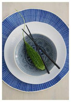 Sommerfavoritter fra Kremmerhuset -livingdelux  www.livingdelux.com Blue And White, Japanese, Plates, Tableware, Ethnic Recipes, Interior, Food, Licence Plates, Dishes