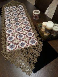 Τραβέρσα 0.35 Χ 0.90 Νο 590 σε εταμίν χρυσαυγή εκρού (όλα σχεδόν τα υλικά για να το κεντήσετε)   Αδράχτι Point Lace, Cross Stitch Designs, Needle Lace, Decoration, Bargello, Needlework, Diy And Crafts, Projects To Try, Embroidery
