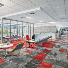 Interface carpet tiles Go bold with striking colours