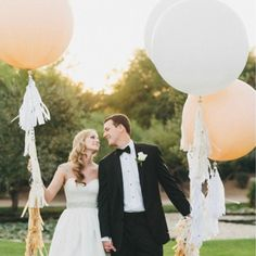 """Giant White Round Balloons (36"""") Pack of 3"""