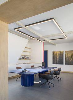 Office Interiors, Interior Office, House Interiors, Plafond Design, Pooja Rooms, False Ceiling Design, Cool Office, Office Lighting, Lighting Design