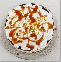Gizi-receptjei: Karamellás-habos körtetorta. Pie, Minden, Food, Caramel, Torte, Cake, Fruit Cakes, Essen, Pies