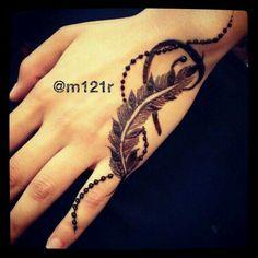 Henna hand.  Pinterest: @reetk516
