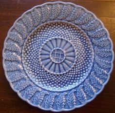 Pretty Blue Majolica Textured Feather Basket Weave Plate M
