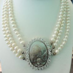Vintage 3 Strand Pearl Cameo Necklace