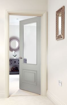 Smooth (Solid) Beautiful traditional white doors perfect for classic homes. Cottage Door, White Cottage, Interior Barn Doors, Home Interior, Interior Design, Interior Paint, Luxury Interior, 1930s Doors, 4 Panel Doors