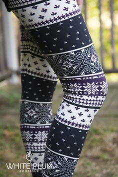 Winter Wonderland Diamond Tricolor Leggings | White Plum Boutique #bought