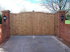 Beautiful Wooden Garden, Driveway, Entrance Gates | eBay
