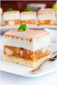 ciasto z jabłkami Cake Recipes, Dessert Recipes, Russian Recipes, Food Cakes, Homemade Cakes, I Foods, Vanilla Cake, Bakery, Food And Drink