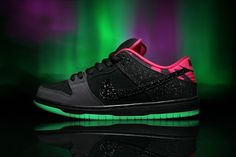 "Image of Premier x Nike SB Dunk Low Pro ""Northern Lights"""