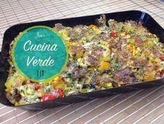 Gemüseauflauf aus dem Backrohr - Rezept von Joes Cucina Verde Guacamole, Gouda, Fried Rice, Fries, Ethnic Recipes, Souffle Dish, Oven, Red Peppers, Cooking