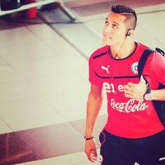 Sanchez Alexis Sanchez, E Ca, Best Club, Soccer Players, Fc Barcelona, My Man, Nice Boys, Mens Tops, T Shirt