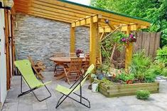 gartengestaltung – Google-Suche New Years Eve Party, Amazing Gardens, Pergola, Outdoor Structures, Google, Garage, Home, Wood Stone, Wood Ideas