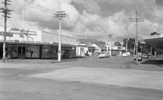 Corner of Great North Rd and Station Rd (now Railside Ave) Henderson. Williams Outfitters was Henderson's leading drapers, selling womens and childrenswear. Old Images, Old Photos, Nz History, Great North, Fishing Techniques, Old West, Auckland, New Zealand, Old School