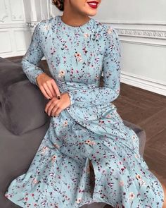 117 foolproof dresses to wear on a first date Classy Outfits, Pretty Outfits, Pretty Dresses, Beautiful Dresses, Modest Dresses, Elegant Dresses, Casual Dresses, Modest Fashion, Hijab Fashion