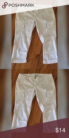 "Capri length white stretch denim Super cute Sz 18 Capri length stretch denim jeans. Have ""tears"" in them. I only wore them once. Made by Amethyst. Excellent condition. All reasonable offers considered. Amethyst Jeans Ankle & Cropped"