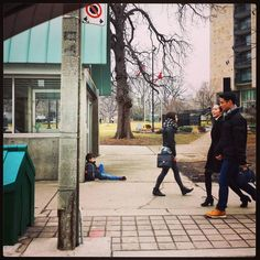 Mayday #Mayday: Homeless #children on the #StreetsOfToronto? #MentalMonday in front of #QueensPark in #Toronto!  __________________ #Homeless #children of #The6ix #Ontario #Canada #YYZ #GTA #kids #people #mentalhealth #бомж #homelesskids #Twitter #TO #MaydayMonday #MM