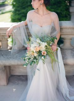 Here recently, Lisa Hessel Photography captured this romantic and exquisite wedding editorial with creative direction and styling by L. Victorian Wedding Themes, Victorian Dresses, Victorian Gothic, Gothic Lolita, Romantic Weddings, Real Weddings, Summer Weddings, Wedding Bridesmaid Dresses, Wedding Bouquets