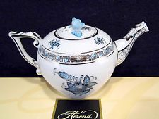 HEREND CHINESE BOUQUET TURQUISE WITH PLATINUM EDGE TEAPOT,12 fl OZ HOLD,FOR TWO