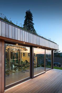34 Gorgeous Home Gym Design Ideas Keep You Healthy Dream Home Gym, Gym Room At Home, Home Gym Decor, Home Gym Design, House Design, Casa Park, Gym Architecture, Backyard Gym, Home Gym Garage