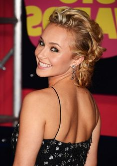Retro-1950's style - Retro Defined Curls - Hayden Panettiere Long Blonde Hairstyle - Hairstyles Weekly