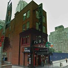 """This is McGee's, the inspiration behind HIMYM's MacLaren's, the characters' favourite bar. 