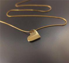 Złote serduszko na łańcuszku pr. 0,585 w BIZOE na DaWanda.com