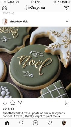 Easy and Fun Christmas Treats for Kids to Make – Noel Sugar Cookies! If you've ever made cut out sugar cookies you know that's not enough time to talk about all Cookies Cupcake, Easy Sugar Cookies, Christmas Sugar Cookies, Fancy Cookies, Iced Cookies, Christmas Sweets, Christmas Cooking, Cookies Et Biscuits, Holiday Desserts