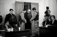 Argentina, La Plata, 09-10-2007; Cristian Von Wernich. Il girno della sentenza, cappellano della polizia federal di La Plata, giudicato colpevole del sequestro di 42 persone ,di cui 32 torturate e 7 uccise. Condannato all'ergastolo