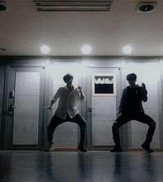 Jimin + Jungkook JiKook fans, calm down. Jikook, Hoseok, Seokjin, Jimin Jungkook, Bts Bangtan Boy, Bts Boys, Wattpad, Taehyung, Fanfiction