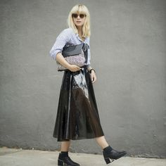 Lisa Dengler: How to Look Laid-Back but Fashion-Forward: Glam Radar waysify