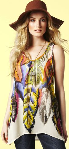 Peace and Love: 1960s Hippie Trends Popular Again - article