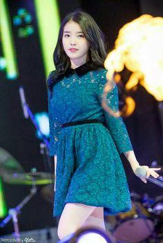 Kpop Outfits, Korean Outfits, Snsd, Cute Girls, Cool Girl, Iu Fashion, Korean Actresses, Cute Korean, Celebs