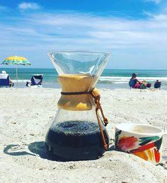I FINALLY got my chemex on the beach for a photo opp and a great mug of beans! #chemex ontogenetic #chemex #coffee #beach #myrtlebeach @chemexlove