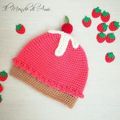 Berrettino Cupcake per bimba  #babynewborn #cupcake #neonata #amigurumi #handmade #crochet #fattoamano #uncinetto #berretto #hat