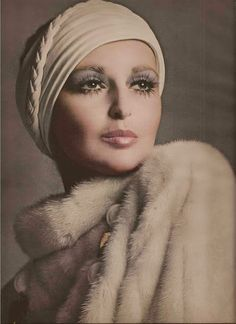 Samantha Jones by Richard Avedon - Vogue, October 1968