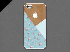 iPhone 5 Case  Vintage Flower pattern layered on wood par evoncase, $19,99