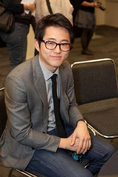 I love Glenn!  Steven Yeun - so talented and sexy.  yum